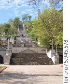 Лестница на гору Митридат в Керчи (2014 год). Стоковое фото, фотограф Лысенко Владимир / Фотобанк Лори