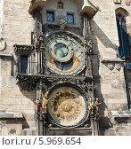 Купить «Астрономические часы на Староместской ратуше. Прага. Чехия», фото № 5969654, снято 26 апреля 2014 г. (c) E. O. / Фотобанк Лори