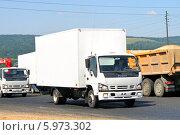 Купить «Фургон Isuzu NQR», фото № 5973302, снято 19 июля 2008 г. (c) Art Konovalov / Фотобанк Лори