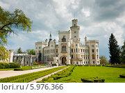 Купить «Замок Глубока-над-Влтавой, весна. Чехия», фото № 5976366, снято 27 апреля 2014 г. (c) E. O. / Фотобанк Лори