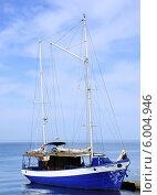 Яхта на Черном море (2014 год). Редакционное фото, фотограф Решетникова Татьяна / Фотобанк Лори