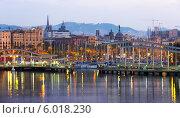 Купить «Port Vell на рассвете. Барселона, Испания», фото № 6018230, снято 8 июня 2014 г. (c) Яков Филимонов / Фотобанк Лори