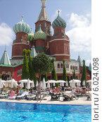 WOW Kremlin Palace 5*,- отель турецкого фешенебельного курорта Кунду (2012 год). Редакционное фото, фотограф Лыкова Марина / Фотобанк Лори