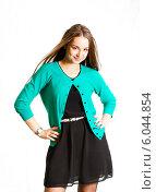 Красивая девушка в черном платье и бирюзовой кофте. Стоковое фото, фотограф Виктор Аксёнов / Фотобанк Лори