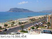 Купить «Курорт в Турции, город Алания», эксклюзивное фото № 6066454, снято 24 мая 2014 г. (c) Яна Королёва / Фотобанк Лори