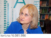 Писатель Дарья Донцова (2014 год). Редакционное фото, фотограф Сергей Соболев / Фотобанк Лори