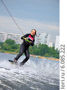Купить «Вейкборд в Строгино», фото № 6085222, снято 17 мая 2014 г. (c) Катерина Вахе / Фотобанк Лори