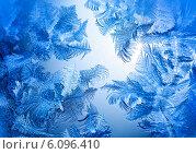 Купить «Морозные узоры на стекле», фото № 6096410, снято 25 октября 2011 г. (c) ElenArt / Фотобанк Лори