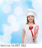 Купить «smiling girl in cook hat with ladle and whisk», фото № 6097362, снято 9 апреля 2014 г. (c) Syda Productions / Фотобанк Лори