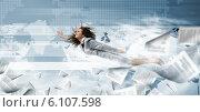 Flying businesswoman. Стоковое фото, фотограф Sergey Nivens / Фотобанк Лори
