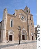 Собор Санта Мария делла Виттория в городе Лучера, Италия. Стоковое фото, фотограф Bohumil Prazsky / Фотобанк Лори