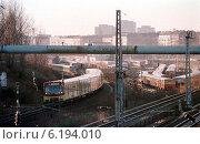 S-Bahn Berlin-Friedrichsfelde (1998 год). Редакционное фото, агентство Caro Photoagency / Фотобанк Лори
