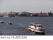 Купить «Невские берега», фото № 6205034, снято 12 июля 2014 г. (c) Олег Трушечкин / Фотобанк Лори