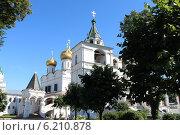 Купить «Троицкий собор в Костроме», фото № 6210878, снято 12 июля 2014 г. (c) Плотников Михаил / Фотобанк Лори