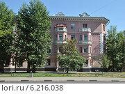 Купить «Сходненская улица, дом 46, Москва», эксклюзивное фото № 6216038, снято 27 июля 2014 г. (c) lana1501 / Фотобанк Лори