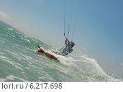 Купить «Кайтбордист в Средиземном море», фото № 6217698, снято 24 июля 2014 г. (c) Шутов Игорь / Фотобанк Лори