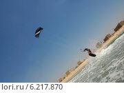 Купить «Кайтбординг на побережье Средиземного моря», фото № 6217870, снято 24 июля 2014 г. (c) Шутов Игорь / Фотобанк Лори
