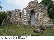 Купить «Византийский храм в Лоо, руины», эксклюзивное фото № 6219234, снято 8 августа 2013 г. (c) Volgograd.travel / Фотобанк Лори