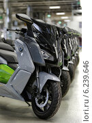 Купить «Berlin, Germany, BMW E-Scooter production», фото № 6239646, снято 4 апреля 2014 г. (c) Caro Photoagency / Фотобанк Лори