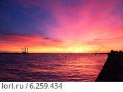 Закат в фиолетовых тонах. Стоковое фото, фотограф Юрий Ермаков / Фотобанк Лори