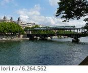 Купить «Мост Бир-Акейм в Париже (Pont de Bir-Hakeim)», фото № 6264562, снято 23 мая 2014 г. (c) Наталия Журавлёва / Фотобанк Лори