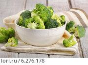 Купить «Fresh green broccoli», фото № 6276178, снято 28 июля 2014 г. (c) Tatjana Baibakova / Фотобанк Лори