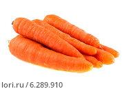 Купить «Морковь изолированно на белом фоне», фото № 6289910, снято 12 июля 2014 г. (c) Литвяк Игорь / Фотобанк Лори