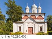 Церковь Святой Троицы в Старой Руссе (2014 год). Стоковое фото, фотограф Слободинская Надежда / Фотобанк Лори