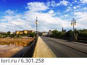Купить «bridge over Ebro river in Logrono, La Rioja», фото № 6301258, снято 27 июня 2014 г. (c) Яков Филимонов / Фотобанк Лори