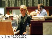 Купить «Floor trading on the Frankfurt Stock Exchange», фото № 6306230, снято 7 мая 2002 г. (c) Caro Photoagency / Фотобанк Лори
