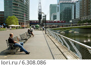 Купить «London, United Kingdom, Buerohaeuser at West India Quay in Canary Wharf», фото № 6308086, снято 30 мая 2012 г. (c) Caro Photoagency / Фотобанк Лори