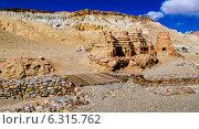Khyunglung, пещеры в долине Гаруды, Тибет, Китай (2014 год). Стоковое фото, фотограф Наталья Лихащенко / Фотобанк Лори