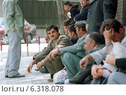 At the Visa Section of the German Embassy in Ankara (2002 год). Редакционное фото, агентство Caro Photoagency / Фотобанк Лори