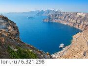 Вид на кальдеру. Остров Санторини, Греция (2010 год). Стоковое фото, фотограф Andrei Nekrassov / Фотобанк Лори