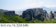 Купить «Греция, Метеоры, вид со смотровой площадки», фото № 6324646, снято 11 августа 2014 г. (c) Ольга Коцюба / Фотобанк Лори