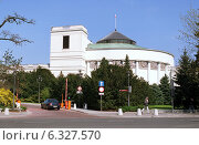 The building of the Sejm of the Republic of Poland in Warsaw, Poland (2004 год). Редакционное фото, агентство Caro Photoagency / Фотобанк Лори