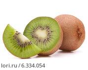 Купить «Sliced kiwi fruit segment», фото № 6334054, снято 6 июня 2013 г. (c) Natalja Stotika / Фотобанк Лори