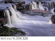 Купить «Саблинский водопад», фото № 6334326, снято 23 августа 2014 г. (c) Артемий Усатов / Фотобанк Лори
