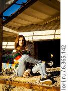Портрет девушки-подростка, модельные тесты. Стоковое фото, фотограф Инна Яровская / Фотобанк Лори