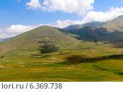 Купить «Гора Бобей-Брош. Памбский перевал. Кавказские горы. Армения», фото № 6369738, снято 5 июля 2013 г. (c) Евгений Ткачёв / Фотобанк Лори