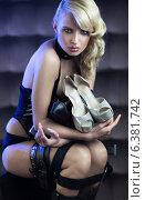 Купить «Fetish blonde woman with great high-hell shoes», фото № 6381742, снято 24 июля 2019 г. (c) Ingram Publishing / Фотобанк Лори