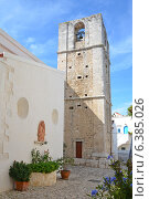 Церковь Мадре-ди-Элии в Пескичи, Италия (2013 год). Стоковое фото, фотограф Bohumil Prazsky / Фотобанк Лори