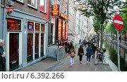 Купить «Район Красных Фонарей, Амстердам», видеоролик № 6392266, снято 10 сентября 2014 г. (c) FMRU / Фотобанк Лори