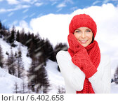 Купить «smiling young woman in winter clothes», фото № 6402658, снято 15 августа 2013 г. (c) Syda Productions / Фотобанк Лори