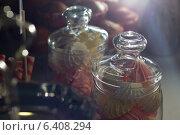 Сладости в вазе. Стоковое фото, фотограф Наталья Слюсаренко / Фотобанк Лори