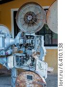 Купить «Antique simplex projector, Barrio El Centro, Copan, Copan Ruinas, Honduras», фото № 6410138, снято 2 января 2013 г. (c) Ingram Publishing / Фотобанк Лори