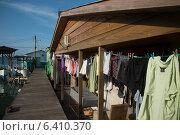 Купить «Clothes drying in a stilt house, Cayman Cay, Utila Island, Bay Islands, Honduras», фото № 6410370, снято 31 декабря 2012 г. (c) Ingram Publishing / Фотобанк Лори