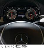 Купить «Приборная панель автомобиля Mercedes-Benz, ММАС 2014», фото № 6422406, снято 30 августа 2014 г. (c) Алексей Голованов / Фотобанк Лори