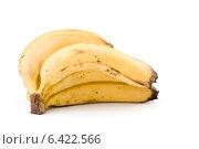 Купить «Связка бананов, изолированная на белом фоне», фото № 6422566, снято 13 февраля 2010 г. (c) web2000ra / Фотобанк Лори