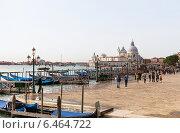 Купить «Вид на площадь Сан-Марко ранним утром. Венеция. Италия», фото № 6464722, снято 4 ноября 2013 г. (c) Евгений Ткачёв / Фотобанк Лори